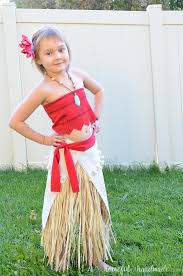this super cute diy moana costume is so easy to make i love how easy