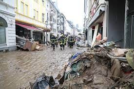 Scenes of flooding in Germany and ...