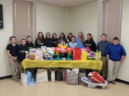 members of the student council of our lady of lourdes interparish in columbia display the