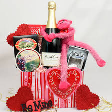 valentines day gift baskets valentine s day gift basket ideas for her valentine s day gifts for boyfriend valentine s day gift baskets amazon
