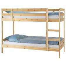 Parete attrezzata ikea con letto a scomparsa is important information accompanied by photo and hd pictures sourced from all websites in the world. Letti A Castello Ikea Marche Camerette
