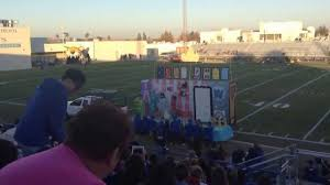 High Float Taft Union High School Sophomore Class Homecoming Float 2013
