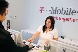 Tmobile Custumer Service T Mobile Takes The Lead In Customer Service Whistleout