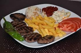 yemek tarifleri - klasik köfte tarifi