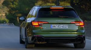 Sonoma Green 2018 Audi RS4 Avant Looks as Good as the RS5 ...