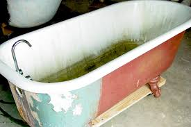 ling rusted clawfoot tub needs to be sandblasted for proper prep