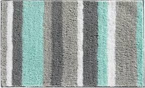 mint green bathroom rug 4 min