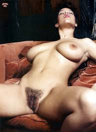 Hairy Brunette Pussy Bed Milf Sex Porn Pictures