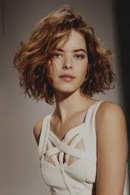 Merveilleux Coiffure Femme Boucle Soiree Cheveux Boucles