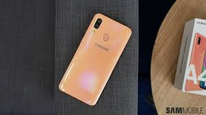 Galaxy Lighting Replacement Glass Samsung Galaxy A40 Review A Compact No Frills Mid Range
