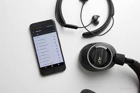 5 Reasons not to buy Bluetooth <b>headphones</b> - SoundGuys