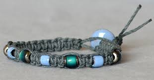 Macrame Bracelet Patterns Gorgeous How To Macramé A Hemp Bracelet Rings And Things