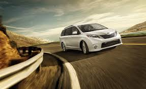 Swagger Wagon vs Fun and Functional Minivan - Toyota Sienna vs ...