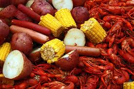crawfish and shrimp boil cook with tones
