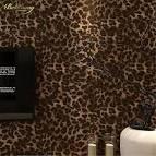 Обои леопард в интерьере