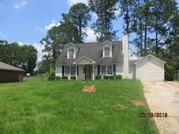 523 Longbow Dr, Albany, GA