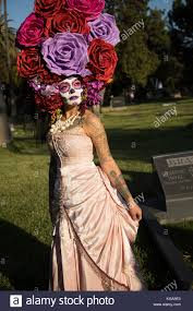 Paper Flower Hats A Hat Crafted Out Of Paper Flowers Day Of The Dead Festival