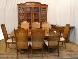 archaicely broyhill dining room furniture discontinued