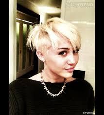 Miley Cyrus Et Sa Nouvelle Coiffure Coupe Courte Et Crâne