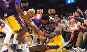I Los Angeles Lakers completano lo sweep stagionale (3-0) sui San Antonio  Spurs grazie a LeBron James autore di … nel 2020 | San antonio spurs,  Houston rockets, Lebron james