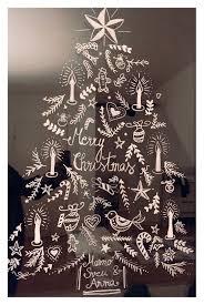 Weihnachtliches Fensterbild Mit Kreidestift Gemalt