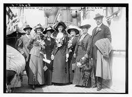 F.C. Smith, Madeleine Smith, Mrs. E. Holmes, Louise Day, Margaret Smith  (Mrs. K. Easton), R.A.C. Smith & wife | Library of Congress