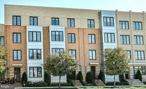 2 Bedroom Apartments In Alexandria Va Concept Painting Awesome Ideas