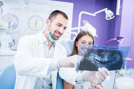 surgeon vs general dentist what