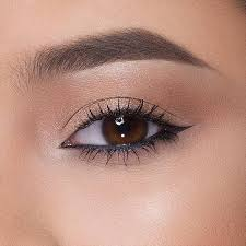 10 eyeliner tips that will seriously up your liner game