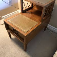 deilcraft 2 tier side table w leather