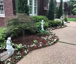 our crews can put you on a weekly or bi weekly schedule and take the work out of maintaining your yard