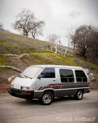 1989 Toyota Van // 2wd Automatic — Vanlife Northwest