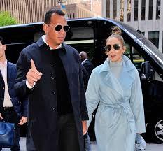 wait did jennifer lopez get her favorite sunglasses from