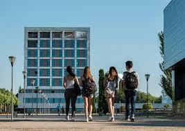 La Universidad Rey Juan Carlos no cambia de nombre por ahora