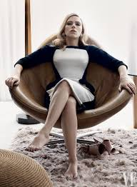Scarlett Johansson Now Engaged and Pregnant Poses for Vanity.