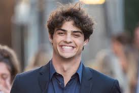 Noah centineo is an american actor. Noah Centineo Debuts Shaved Head Ditches Blond Beard