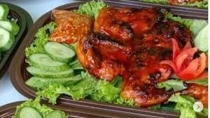 ~ 250 gram cabe merah besar. Menyantap Ayam Bakar Dengan Bumbu Dan Sambal Yang Khas Lifestyle Liputan6 Com