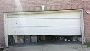 garage door cable off