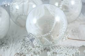 White ostrich feather Christmas ornament DIY