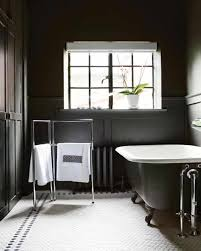 Black And White Bathroom Decor - Pilotproject.org