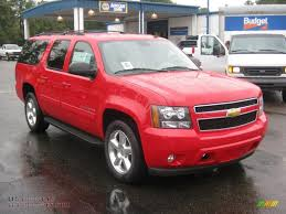 2011 Chevrolet Suburban LT in Victory Red photo #7 - 193579 | All ...