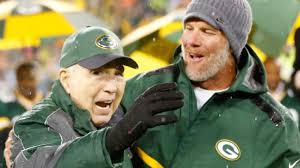 Bart Starr, Brett Favre, Aaron Rodgers together in finally revealed photo