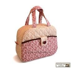 Více než 25 nejlepších nápadů na Pinterestu na téma Quilted Bags ... & Quilted bag pattern tutorial Handbag Lunch bag pattern---Strawberry Cake Adamdwight.com