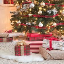 Plaid Christmas Tree Tips And Tricks To Decorate Your Christmas Tree This Holiday Season