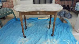 spray painting furniture entry table