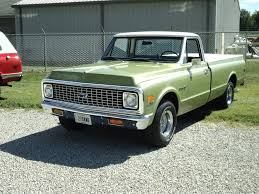 Mike's Classic Trucks--1962 Chevy C10 Short Bed