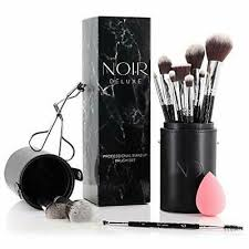 noir deluxe makeup brushes and eyelash
