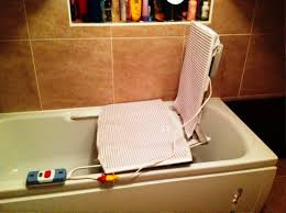 image of bath tub lift chair apparatus