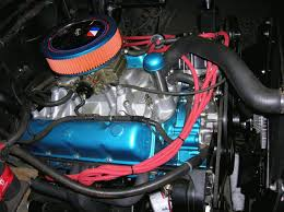 360 wiring connections under hood po jeepforum com nice job of cleaning up the engine bay and bundling the wiring harness ect but the owner builder is ignoring some electrical basics here