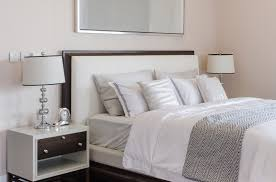 How To Decorate Pillows On Bed